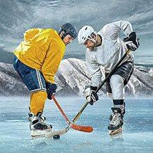 Två hockeyspelare tekar